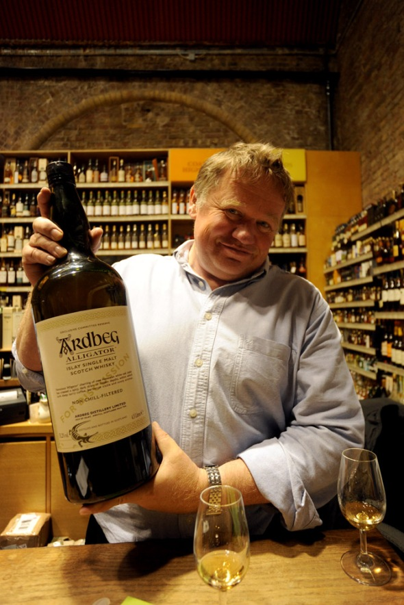Edward Bates of www.thespiritsauthority.com helping to pour (and with the 4.5 litre bottle, one needed some help!) and joining me in tasting Ardbeg Alligator